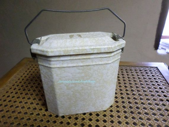 French  Enamelware  Lunch Pail by TinTack on Etsy, €70.00