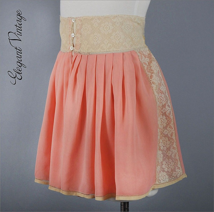 Hand made vintage silk tap pants in peach. Ca 1920
