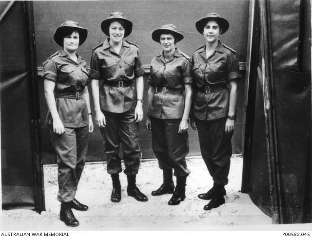 VIETNAM, 1967. GROUP OF NURSES OF 8TH FIELD AMBULANCE. LEFT TO RIGHT, LIEUTENANT COLLEEN MEALY, LIEUTENANT MARGARET AHERN, CAPTAIN AMY PITTENDREIGH, LIEUTENANT TERRI ROCHE. THEY WERE THE FIRST ...
