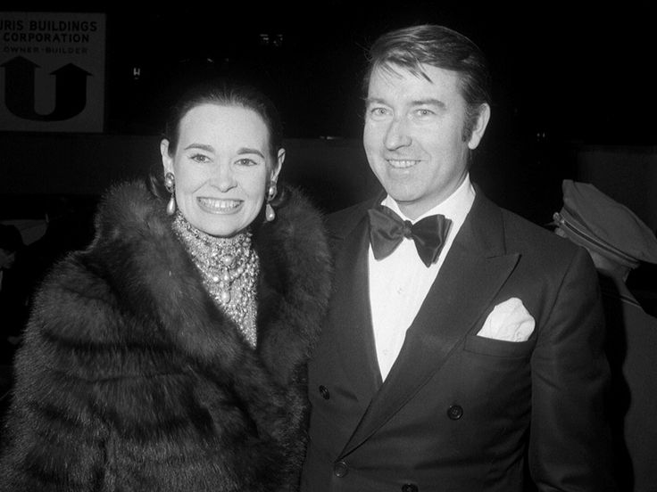 Who Is Gloria Vanderbilt? The Extraordinary Life of Anderson Cooper's Heiress Mother| Anderson Cooper, Gloria Vanderbilt