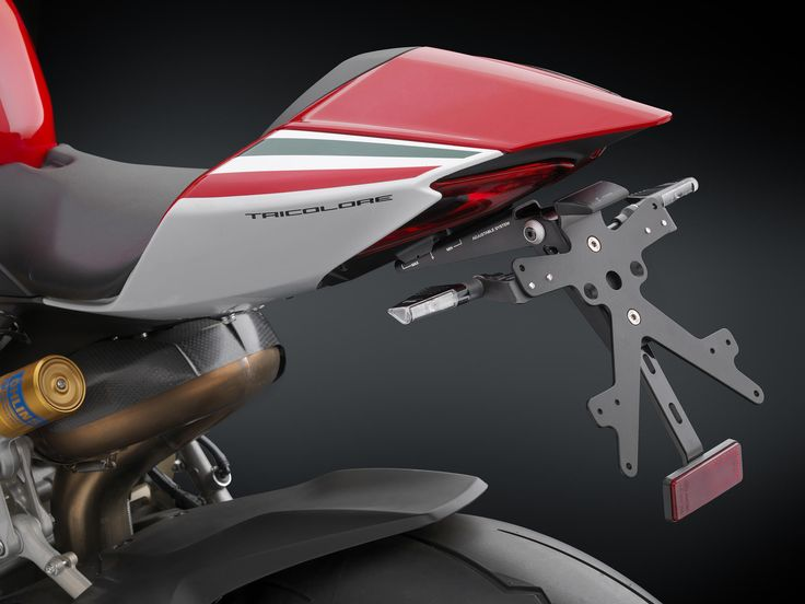 "RIZOMA Kennzeichenhalter ""Fox"" Ducati 1199 Panigale mit ABE http://www.ducati-shop-tirol.at/Ducati/Ducati-Superbike/Ducati-1199-Panigale/Kennzeichenhalter-Kurzes-Heck-Panigale/RIZOMA-Kennzeichenhalter--Fox--Ducati-1199-Panigale.html"