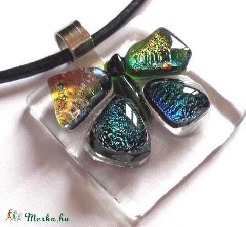 Meska - Pillangótánc üvegékszer , ajándék nőknek névnapra, születésnapra. Dittiffany kézművestől