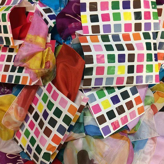 4925956da190d La visite famille « du papillon au tissu de soie » reprend pendant les  vacances de Noël ! 🎉 Conçue…   Pinteres…