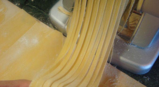 Pappardelle con sugo di papera: la ricetta che ogni 31 agosto serviamo sulle nostre tavole in occasione della festa del patrono di Macerata, San Giuliano!
