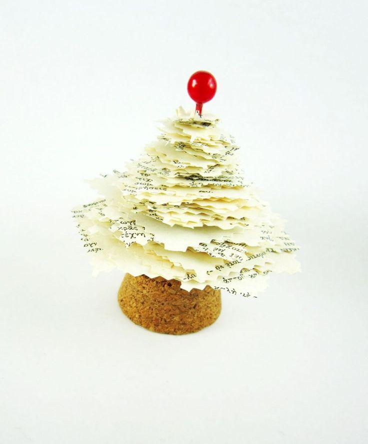 hello, Wonderful - 13 SIMPLE CHRISTMAS TREE CRAFTS