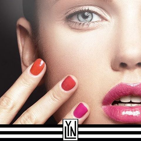 Halal Nail Polish - Pink and Orange Nails - by www.Lynonline.com