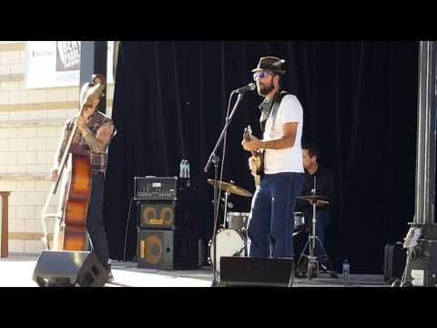 Alex Larson Crankshaft at the Schell Stage at the Minnesota State Fair grounds - YouTube