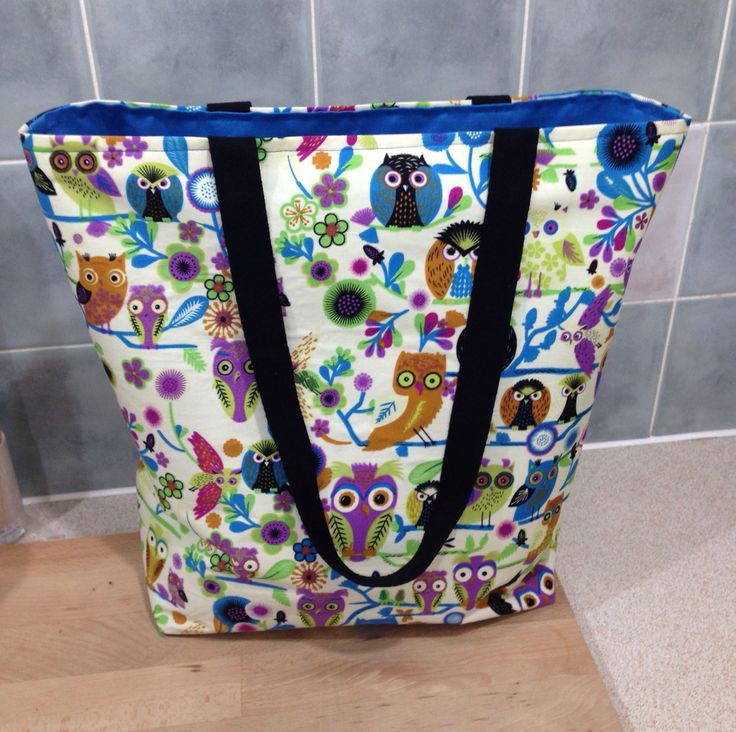 Owl tote bag. Lined with inside pocket. From 40 min tote tutorial on Purl Soho