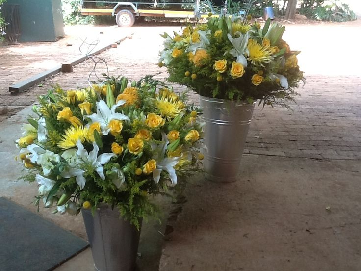 Yellow roses and white casablanca lillies