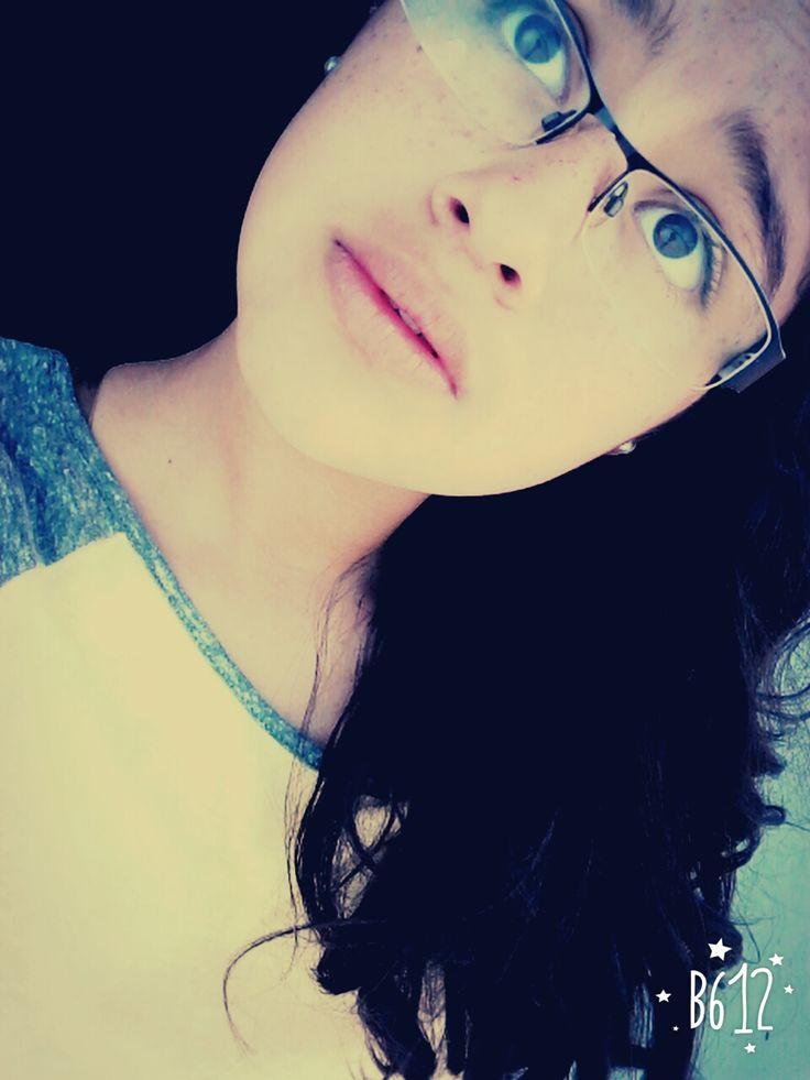 """""""Hay personas que sonrien con sus ojos ESO ME ENCANTA"""" :) <3 #XOXO"""