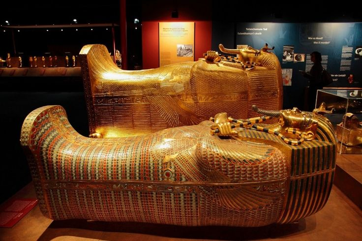 Experience King Tut's Tomb at theNAT in San Diego - The burial and treasure chambers in this exhibition can't be seen like this anywhere else!