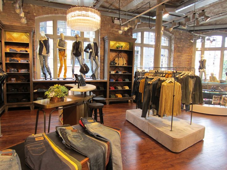 ORVETT per DIESEL / Diesel Store  / Covent Garden /London (UK) / 2012 / Esprimiamo i valori del vostro brand realizzando spazi iconici.