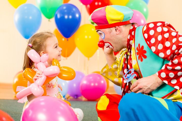 We also have some fun suggestions like a #clown, #magicians or educators that will keep your children occupied!