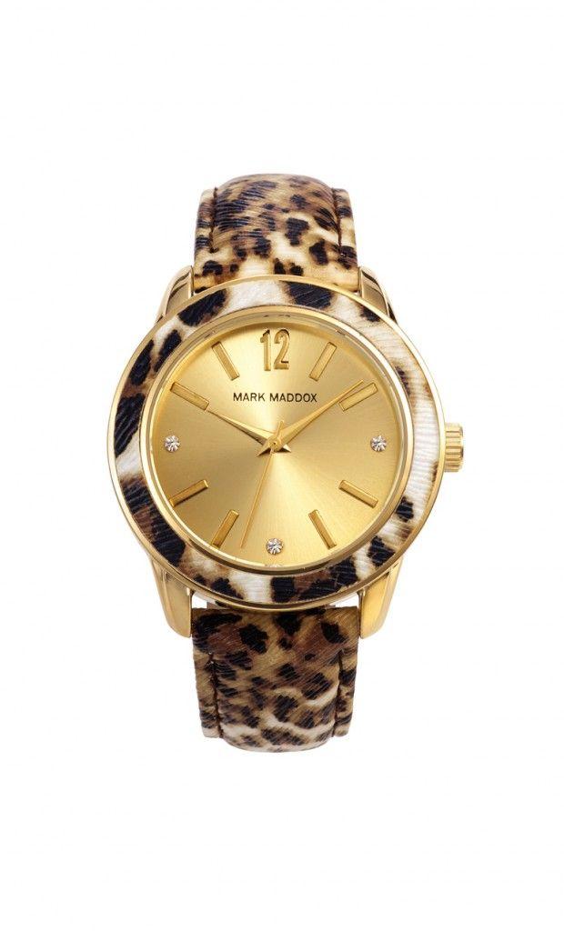 No solo veas a los leopardos, luce su pigmentación al mejor estilo Mark Maddox.   Reloj tres agujas con correa de piel animal print y cierre de hebilla. Caja con acabado IP Dorado y bisel animal print. Cristal mineral e impermeable 30m (3ATM).