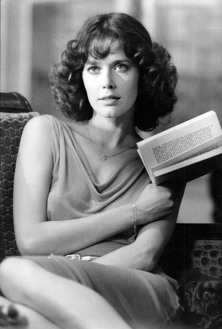 Sylvia Kristel Nude, Sexy Pictures, Videos And Gifs Naked -7702