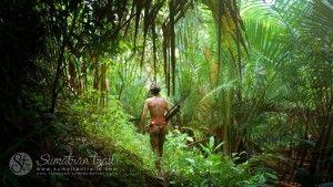 mentawai-shaman-during-hunting3_siberut-island_sumatran-trails-001