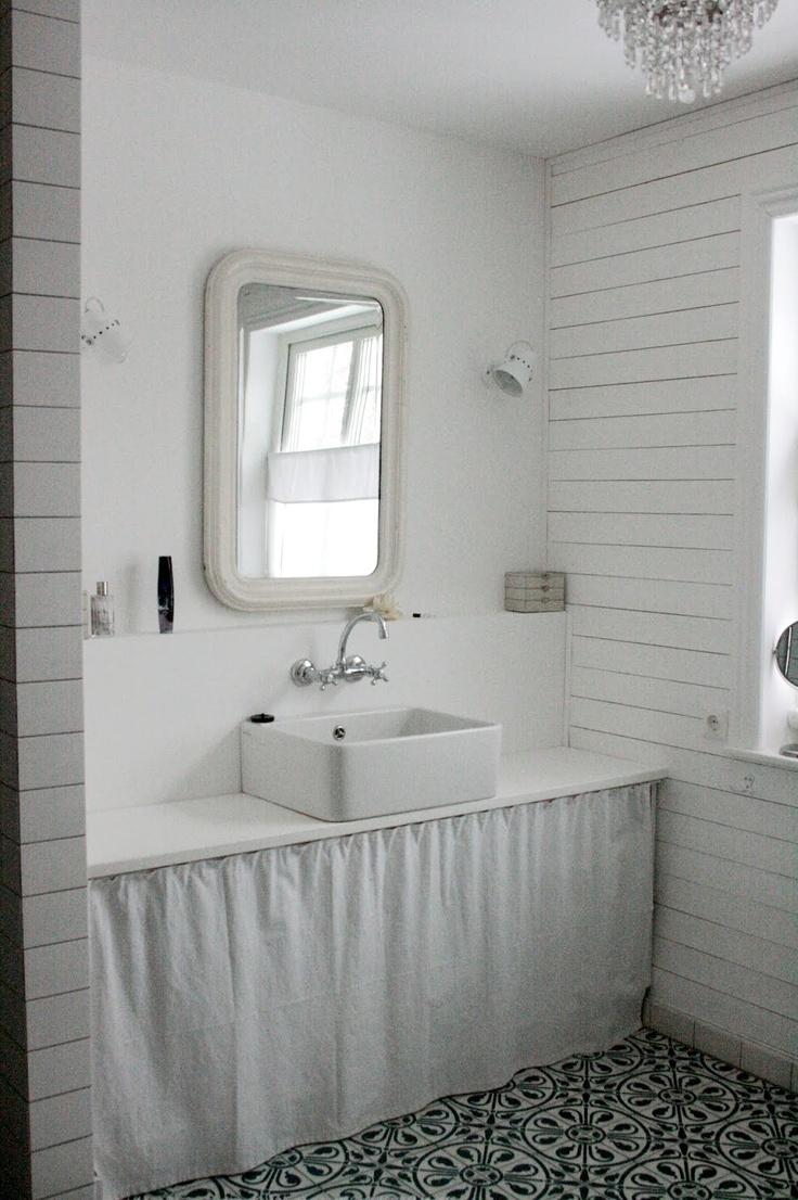 Lille Sverige Hus plan de travail et vasque posée