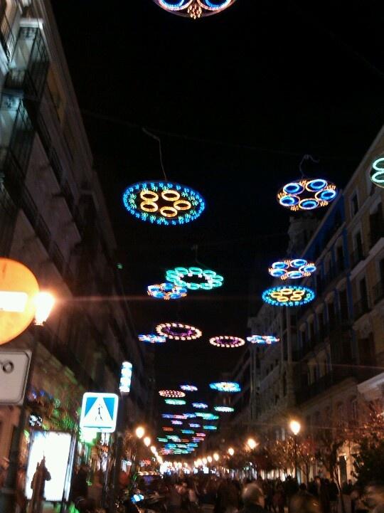 Madrid iluminada en Navidad.