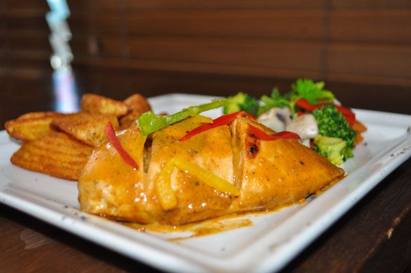 Celebrate your weekend with this lovely recipe — Picante Chicken.  #maincourse #picantechicken