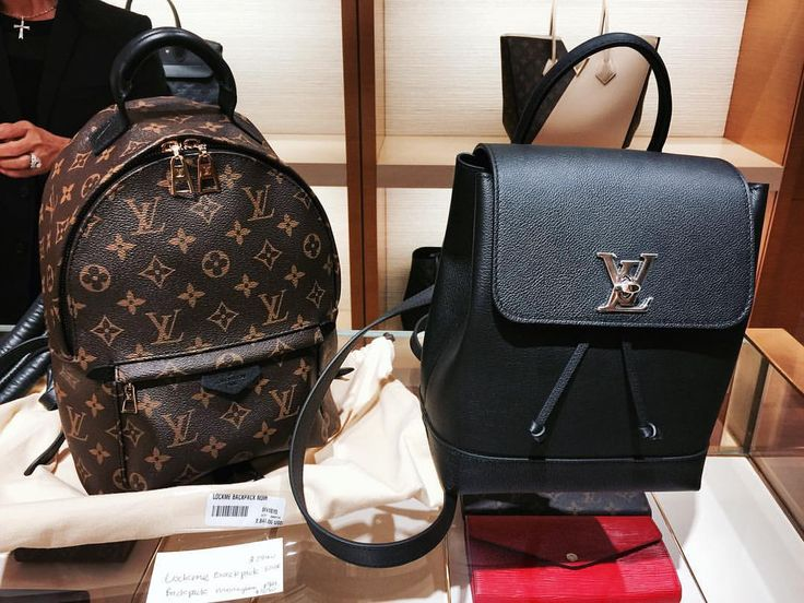 {Wishlist} : For those who want to see a side by side comparison of the Louis Vuitton Palm Springs Backpack Monogram PM and the Louis Vuitton Lock Me Backpack Noir here it is! ✨ #louisvuitton #potd...