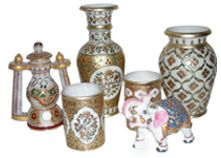 We offer superb collection of Marble Handicraft. The exclusive collection of Marble Handicraft that are used to enhance the ambiance of various residential and commercial establishments. These products are reckoned for amazing design, elegant patterns, smooth edges and fine finish . Available in a variety of sizes and other specifications,    our range is embellished with decorative painted work/Meenakari work/Kundan work/Embose painting work on Marble Handicrafts item