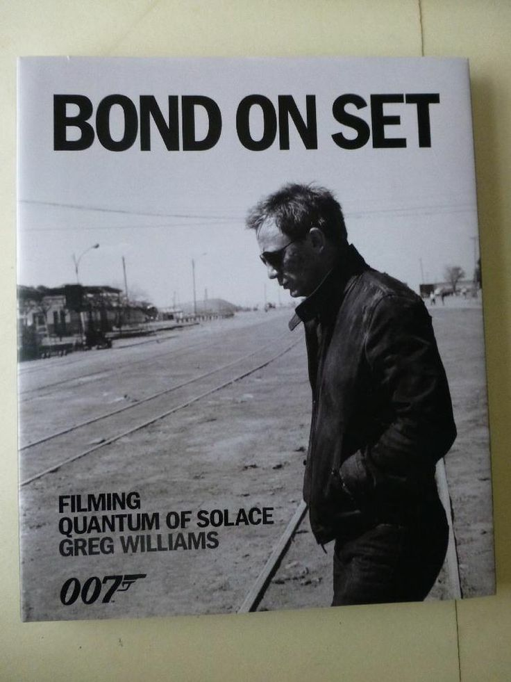 Bond On Set Filming Quantum Of Solace Greg Williams Hard Back with Dust Jacket   http://r.ebay.com/lUWkrv via