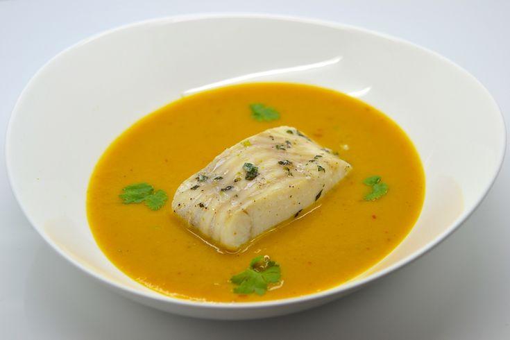 Cabillaud au gingembre et basilic thai, velouté de carottes et patates douces au curcuma - Tried it, Loved it!