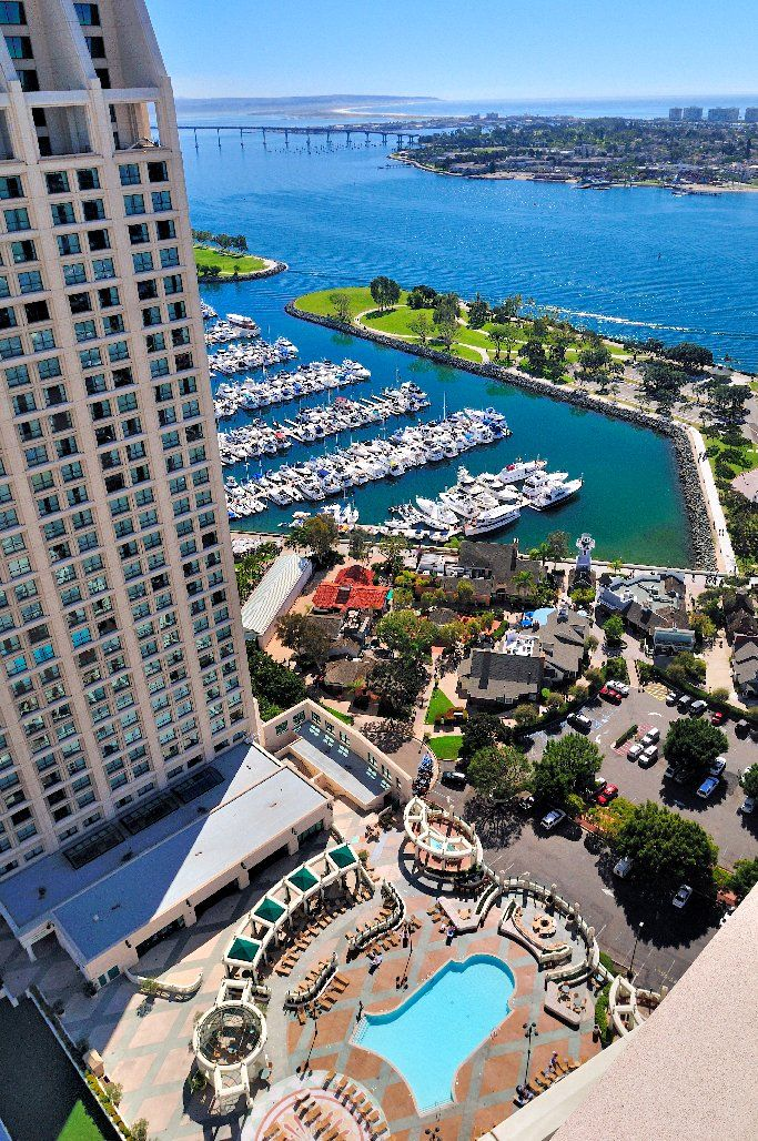 Manchester Grand Hyatt San Diego - tallest waterfront hotel on the west coast