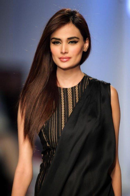 Pakistani Fashion Model Mehreen Latest Modeling Pictures 2013