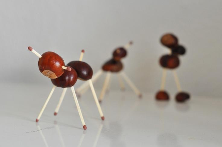 Figurines en marrons