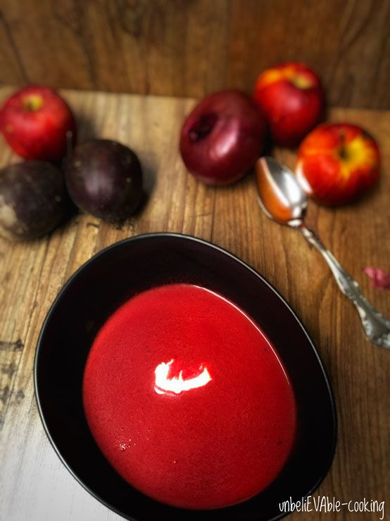 Rote-Beete-Apfel-Suppe