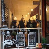 Cut Throat Barber & Coffee - De Wallen - Beursplein 5