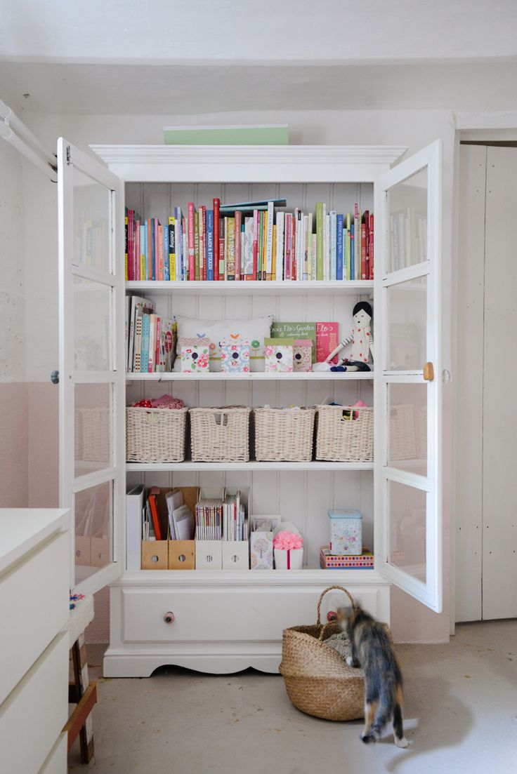 Sewing Room Designs: Best 25+ Sewing Rooms Ideas On Pinterest