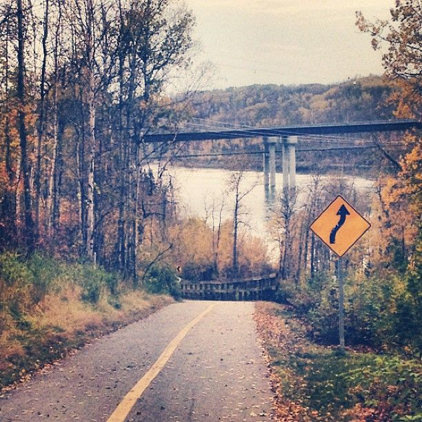 Thanksgiving weekend 2012 in thevriver valley: Edmonton, Alberta, Canada. Photo by jaypalter