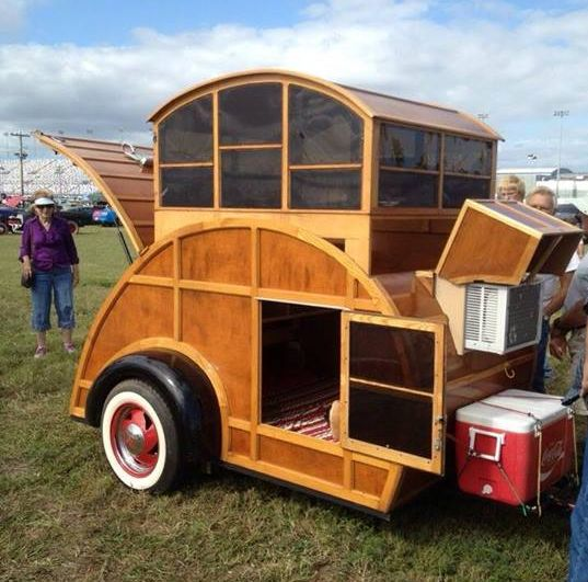 Woody Style Tear Drop Camper With Pop Up Bikes And