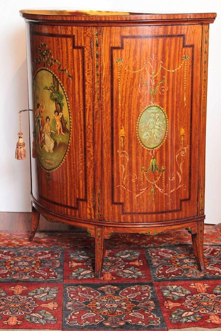 klasszicista stílusú antik bútorok