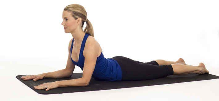 27-yoga-poses-desk-job-damage-06