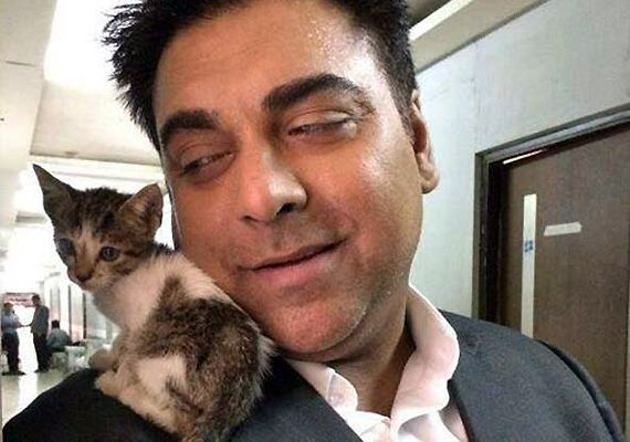 Ram Kapoor's new pal on 'Bade Acche...' sets