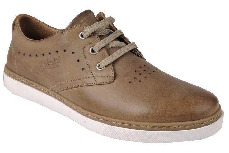 Ni demasiado informal como una deportiva, ni tan clásico como unos zapatos, Luisetti ha conseguido unir la comodidad de una deportiva y lo mejor de un zapato. ¿Ya los has probado?