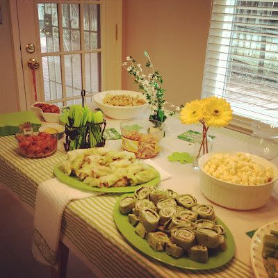 We finally had our housewarming party this past weekend and it was such a fun day! We had lots of help from family and friends to get the f...
