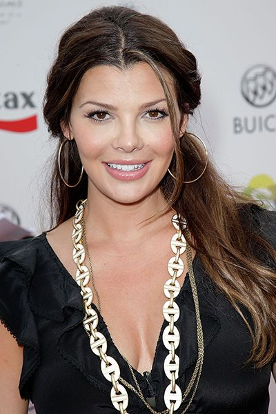 I love Ali Landry's hair and style on this pic: Hairstyles That Make You Look Younger | Daily Makeover