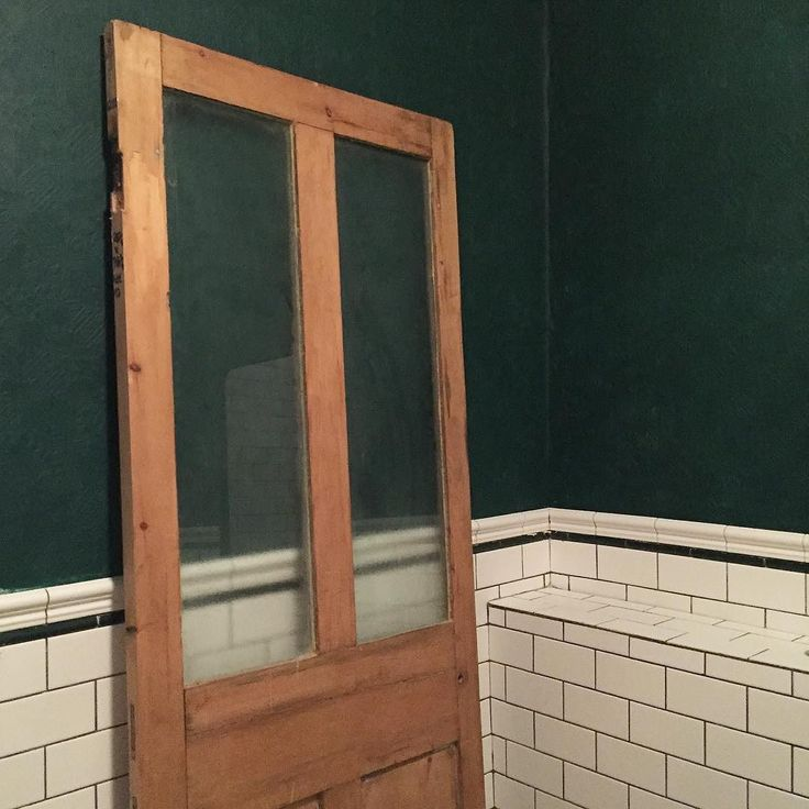 Wendy @homeplaceonline has done a great job sourcing doors for the #ramsgate renovation. Looking forward to painting it up and finishing the bathroom. #doors #bathroom #tiles #tiling #tileaddiction #interiordesign #interiors #inspiration #design #home #homeplace #reno #renovation #kent #kentcoast #ramsgate #margate #broadstairs #thanet #whitstable #sandwich by lmcbuilding