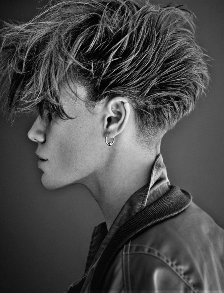 Coiffure femme 2017 coupe courte femme rockabilly look androgyne femme