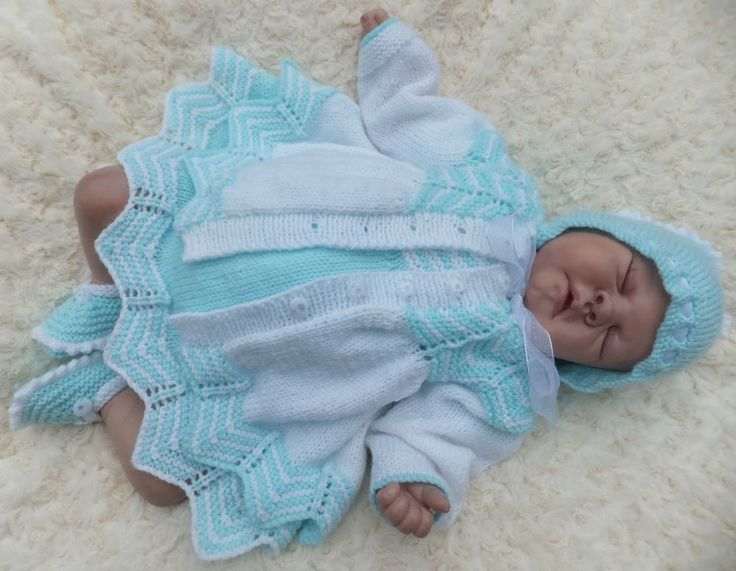 131 best images about reborns on Pinterest Baby knitting ...