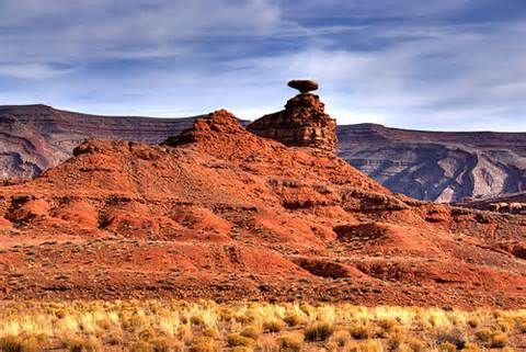 Mexican Hat, Utah - Population 32 (2014) - Mexican Hat is a census-designated place (CDP) on the San Juan River in south-central San Juan County, Utah, United States. The population was 31 at the 2010 census, a sharp decline from the previous two censuses.