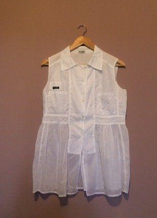 À vendre sur #vintedfrance ! http://www.vinted.fr/mode-femmes/blouses-and-chemises/36149170-chemisier-sans-manches-miu-miu