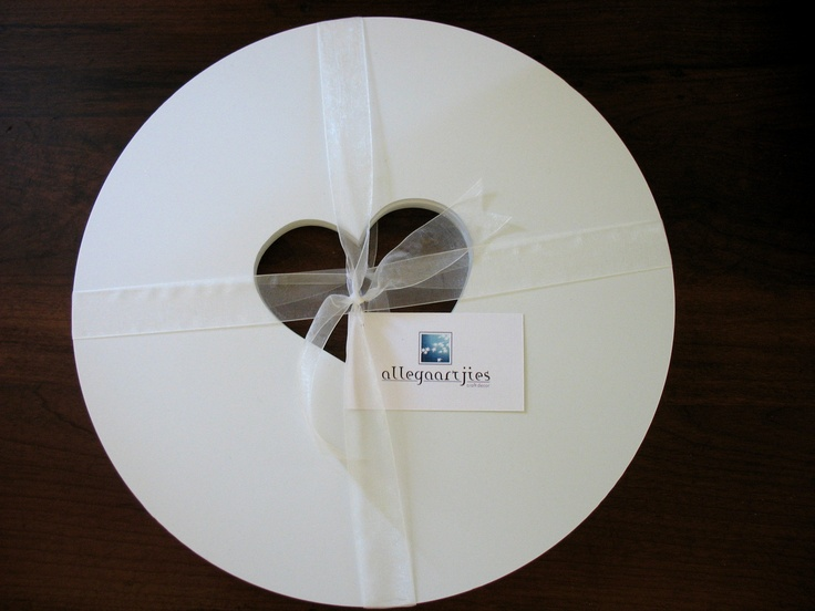 Heart Placemat set of 4  Size: 35cm diameter   Material: white PVC Foam, 6mm thick   Cost: R260 set of 4