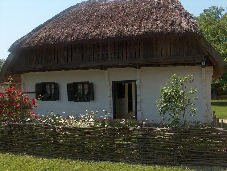 fatosz.eu  love the fence.  Hungarian country love, Őrség rgion, HUngary