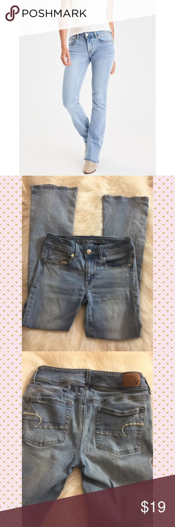 American Eagle Size 4 Short Kick boot Jeans American Eagle Kick Boot Faded Indigo Super Stretch Jeans   Size: 4 Short   In excellent condition ! American Eagle Outfitters Jeans Boot Cut