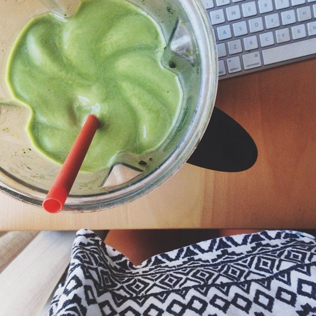 6 Frozen bananas, coconut water and 2 heaping tablespoons of barley grass juice powder